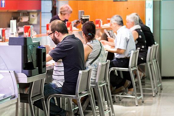 restaurante-cafeteria-bar-carretera-ecr-equipamientos